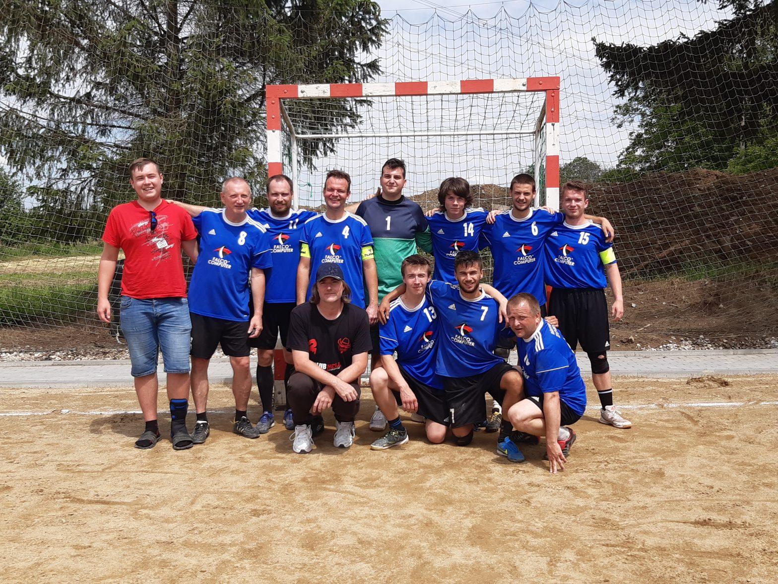 Družstvo mužů si odnáší 4. místo z turnaje v Nelešovicích.